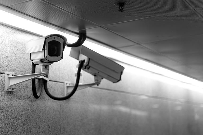kamery monitoringu wizyjnego nakorytarzu